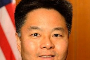Animals Today May 7 2012 – CA State Senator Ted Lieu and advocate Jacqueline Mercier Berman