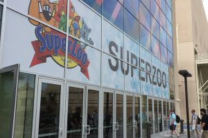 Animals Today August 19, 2017. SuperZoo 2017, Part 1. Coverage from Las Vegas. Cognitive dysfunction in dogs. Genetic testing for breed and disease.
